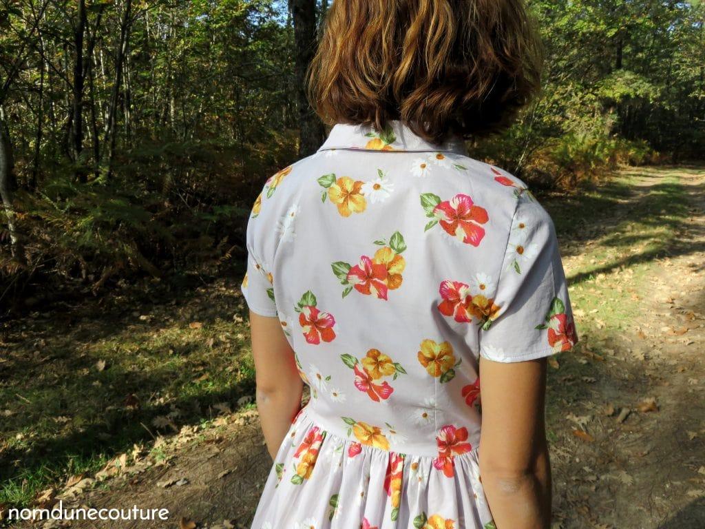 dos du chemisier de la robe cami dress à fleurs
