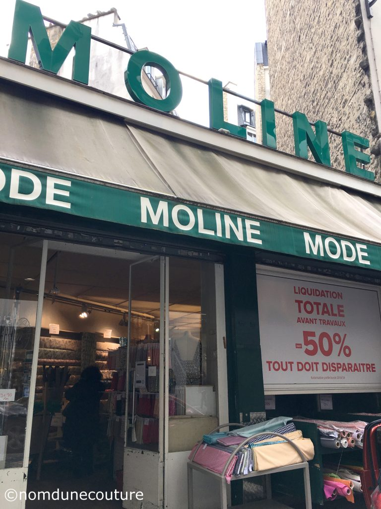 Magasin tissus Moline à Paris