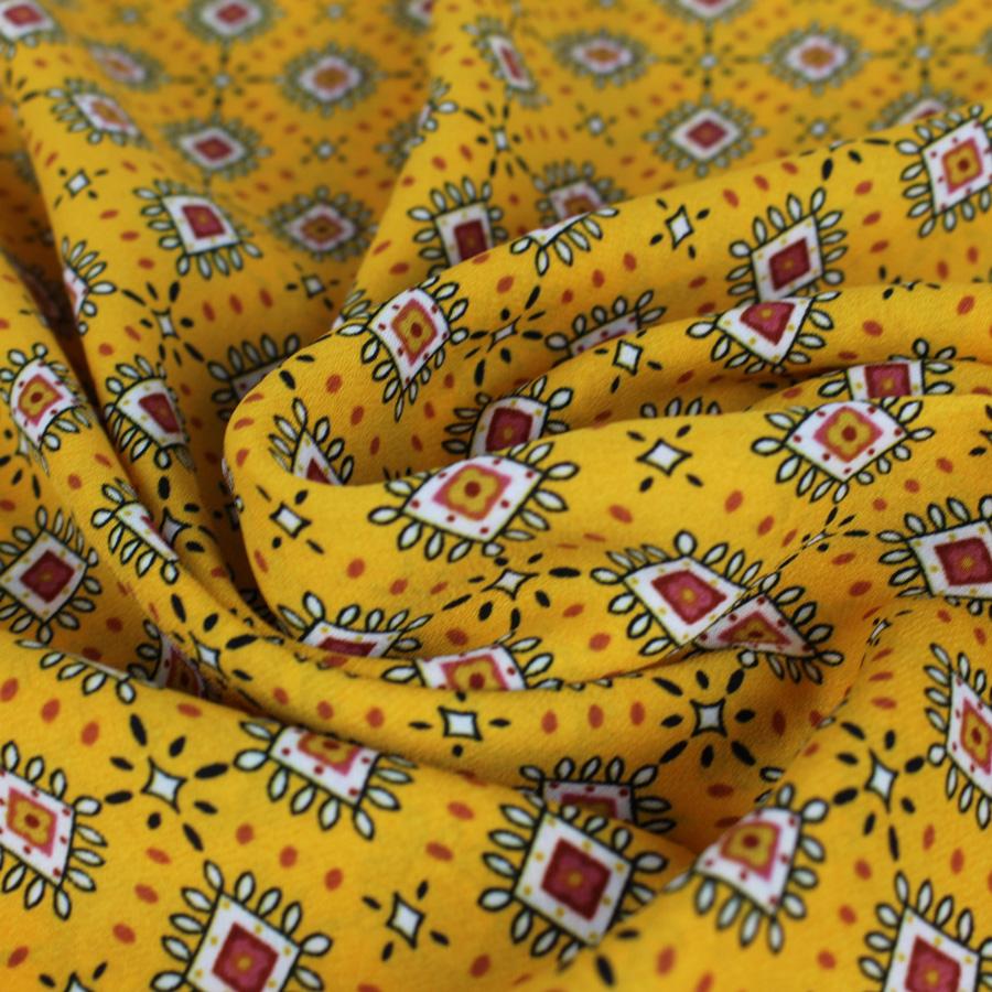 tissu crêpe à losanges