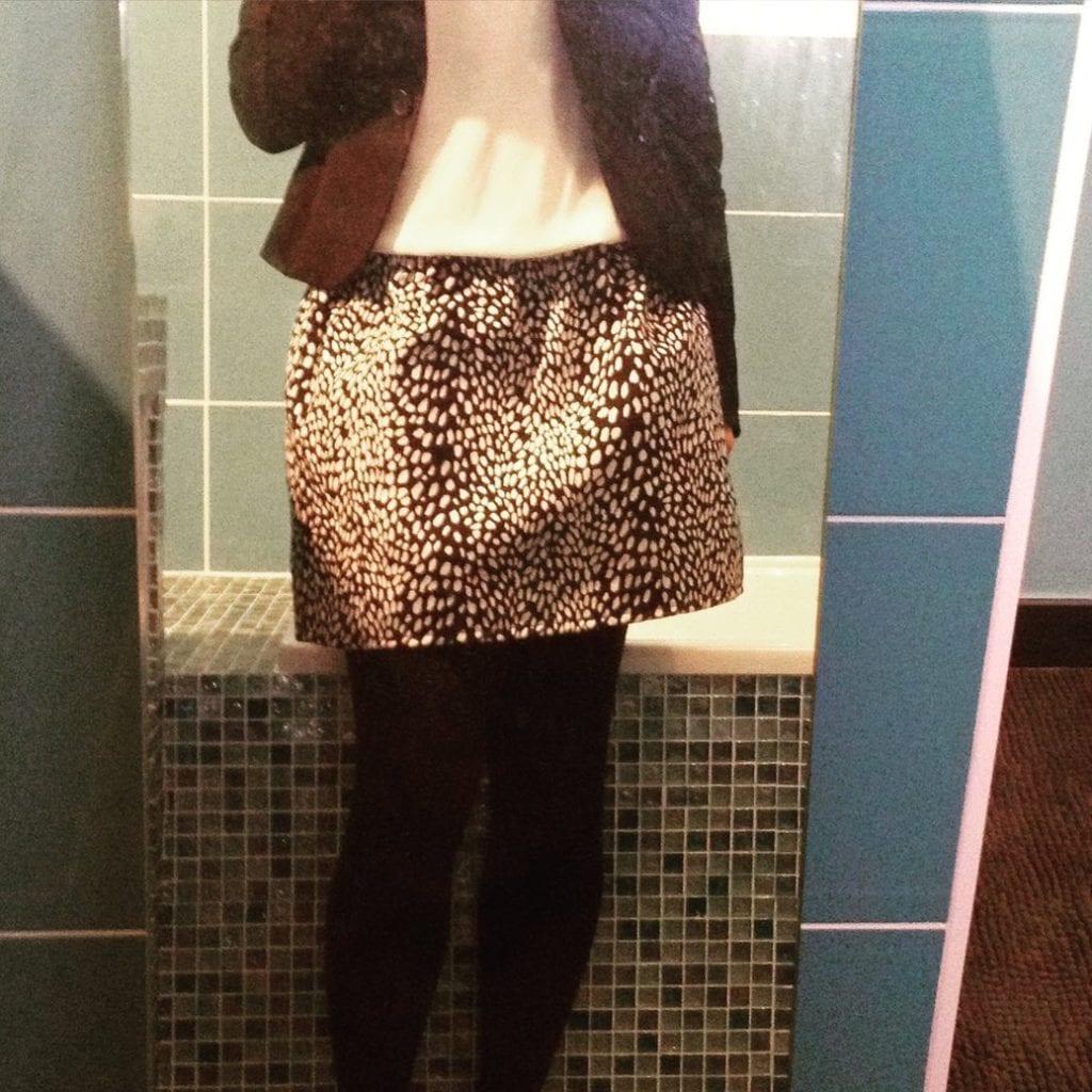 nom d'une couture jupe noire et blanche taille elastique