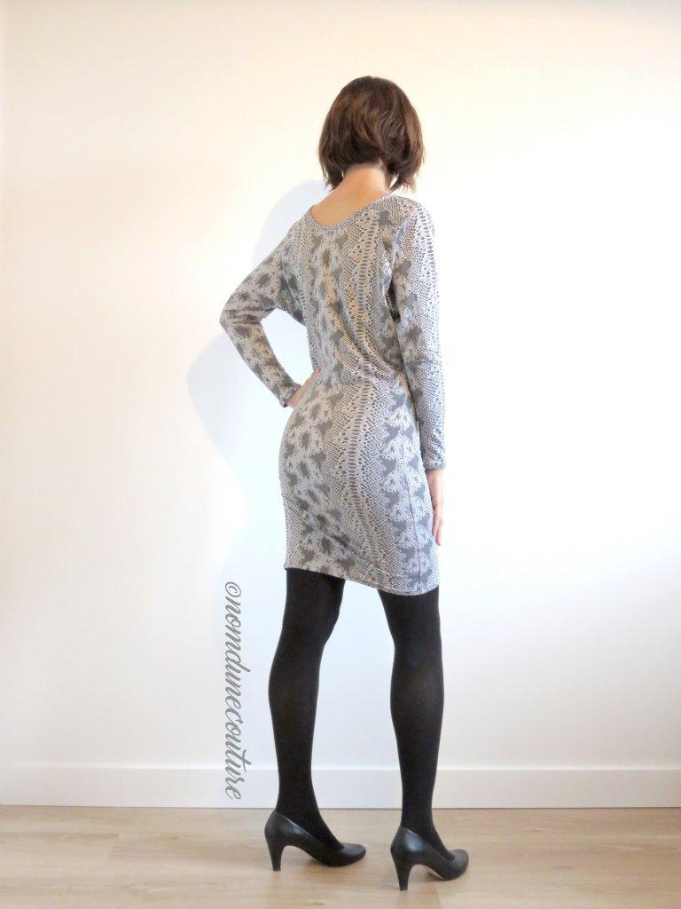 Nom d'une couture ! Robe python manches chauves-souris Kommatia patterns DR305