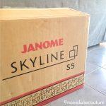 carton machine à coudre Skyline S5 Janome