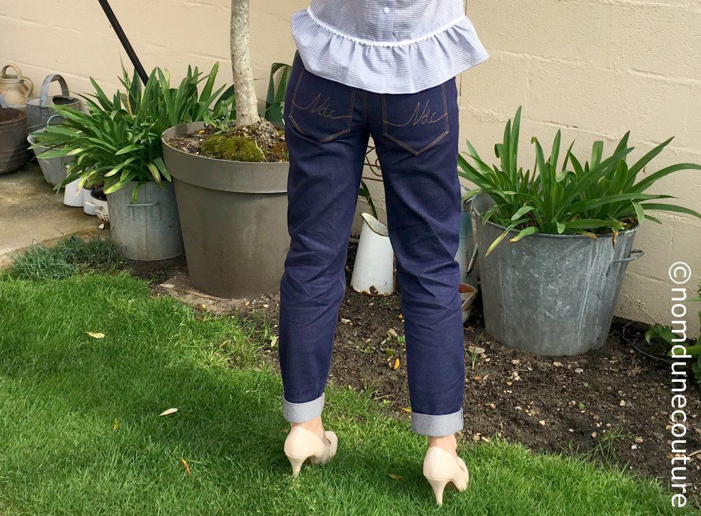 poche plaqué brodée de jean