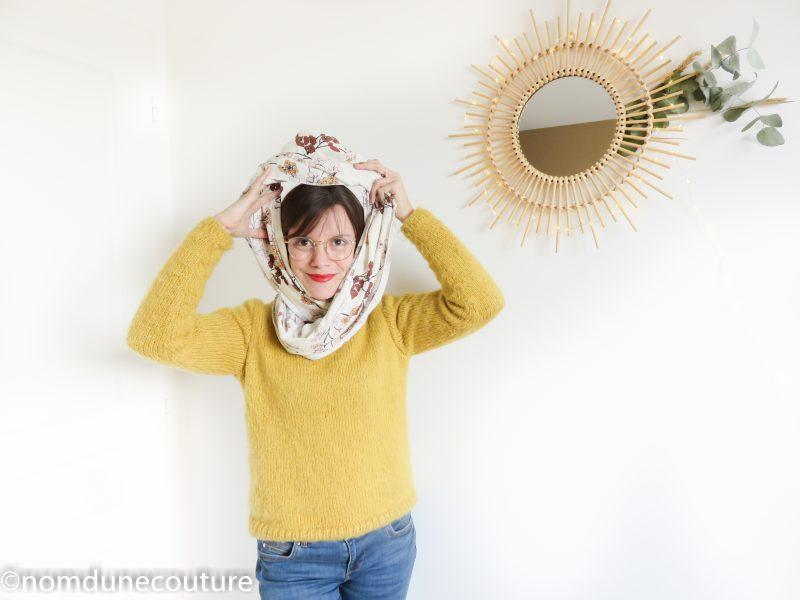 comment nouer un foulard snood ?