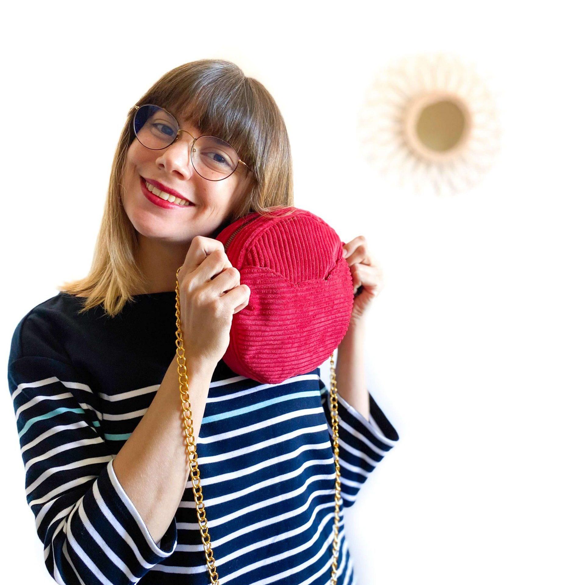 sac rond sun en velours rouge nom d'une couture